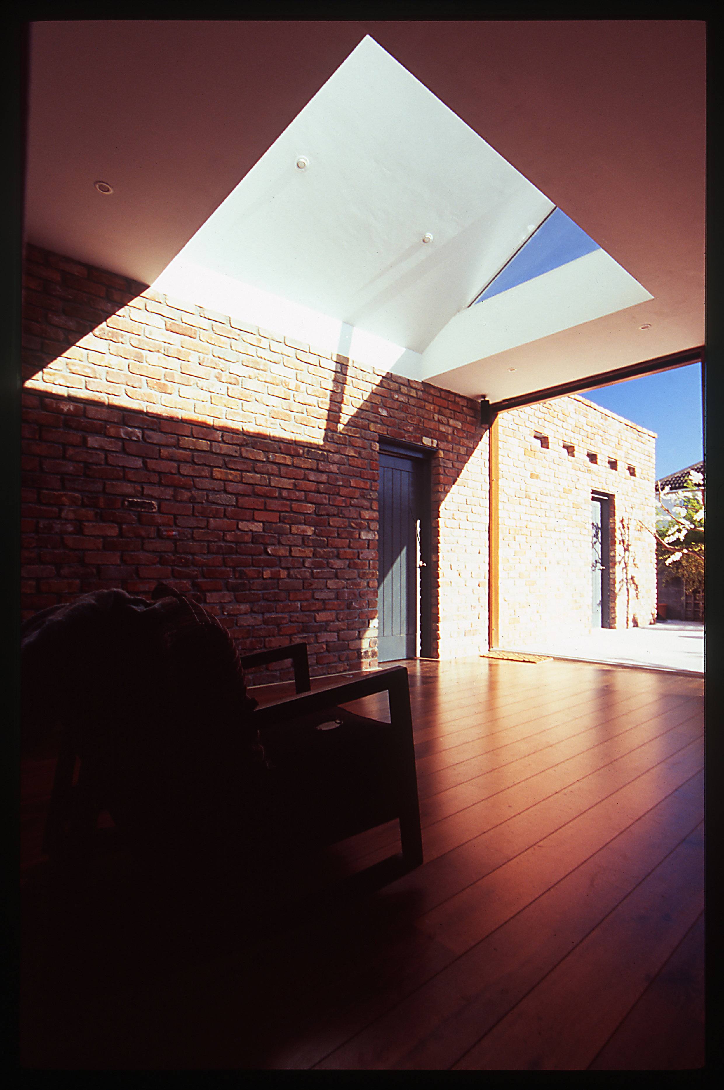 Brick Garden Wall forms the backbone of new extension
