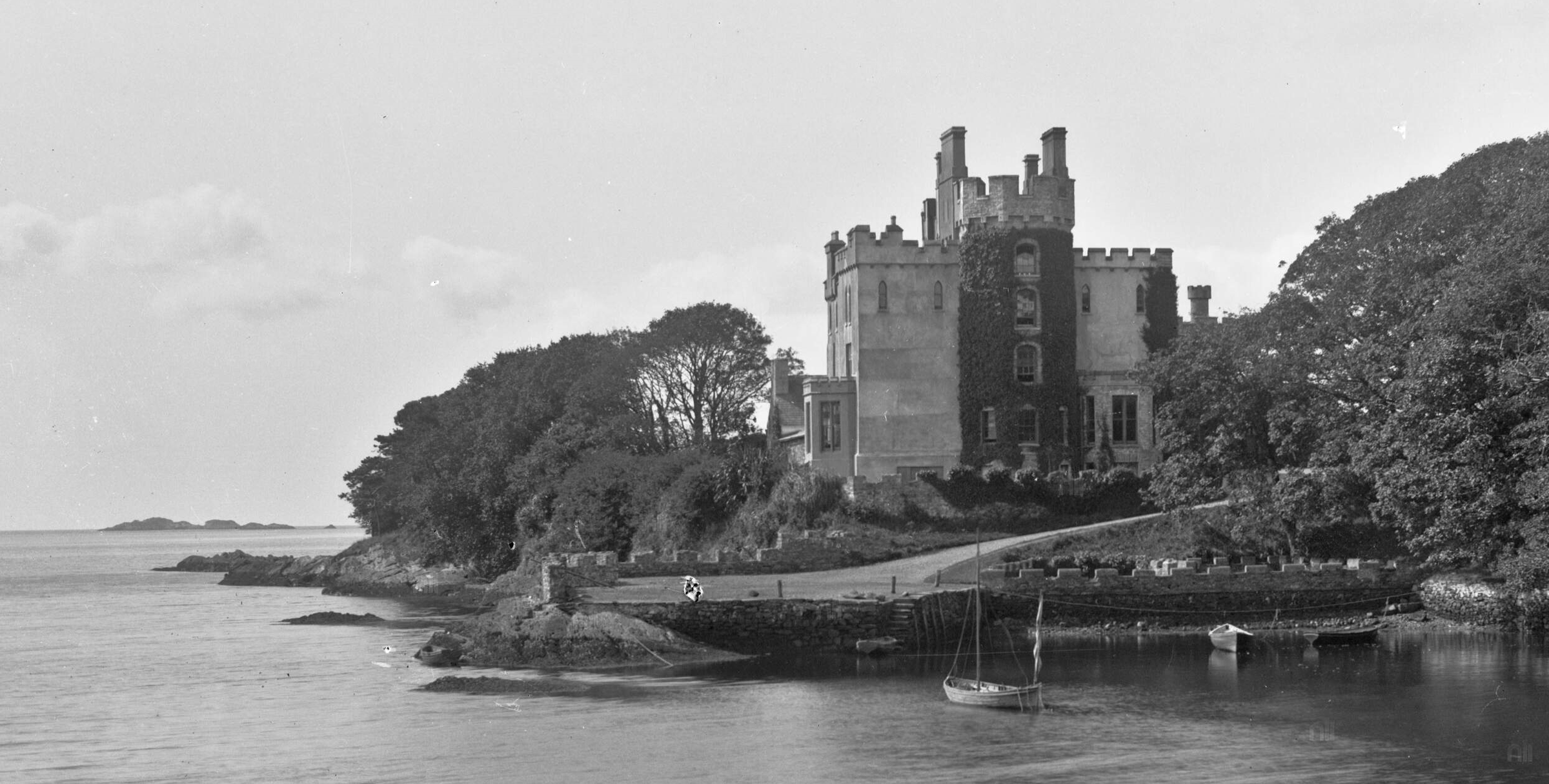 Derryquin Castle photographed by Robert French ca 1865 to 1904